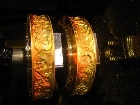 真鍮製エンボスロール